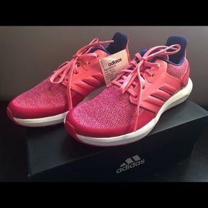 BNWT Adidas RapidaRun Running Shoes Woman / Girl